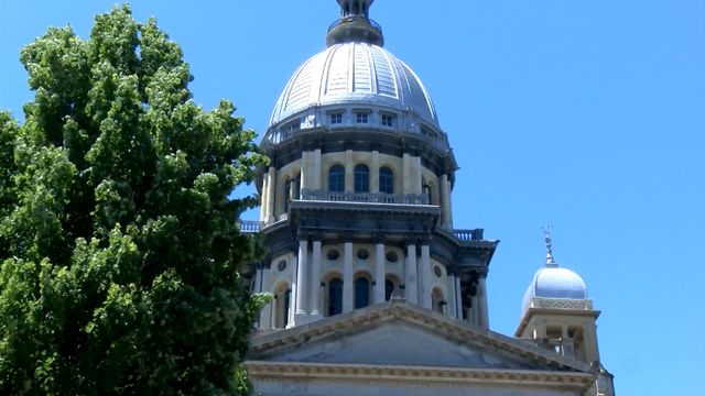 Illinois governor calls special session to force budget deal