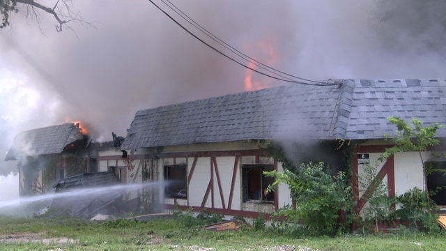 An old nursing home burns down in Chillicothe