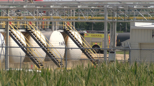 Fire crews respond to fire at Mapleton chemical plant