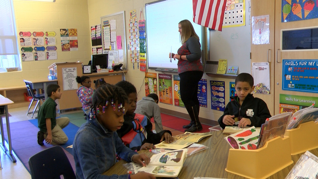 Peoria Public Schools looks to use technology as a tool in the classroom