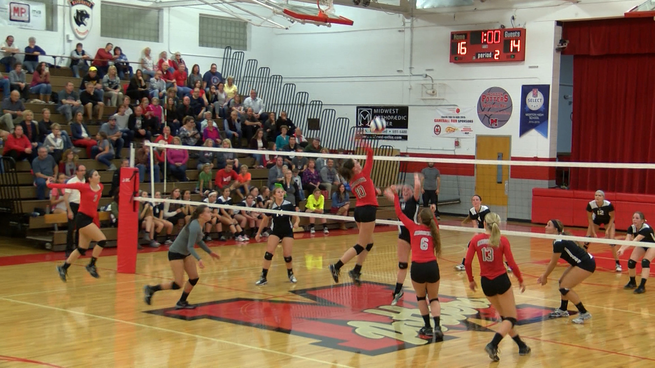 Morton Knocks Off Midwest Central Volleyball