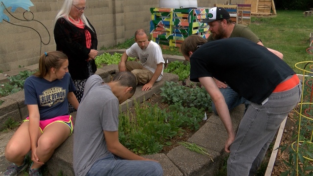 Community gardening in Peoria