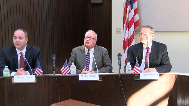 Bloomington city manager candidates discuss plans at City Hall