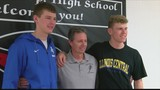 Metamora Duo Signs College Letters